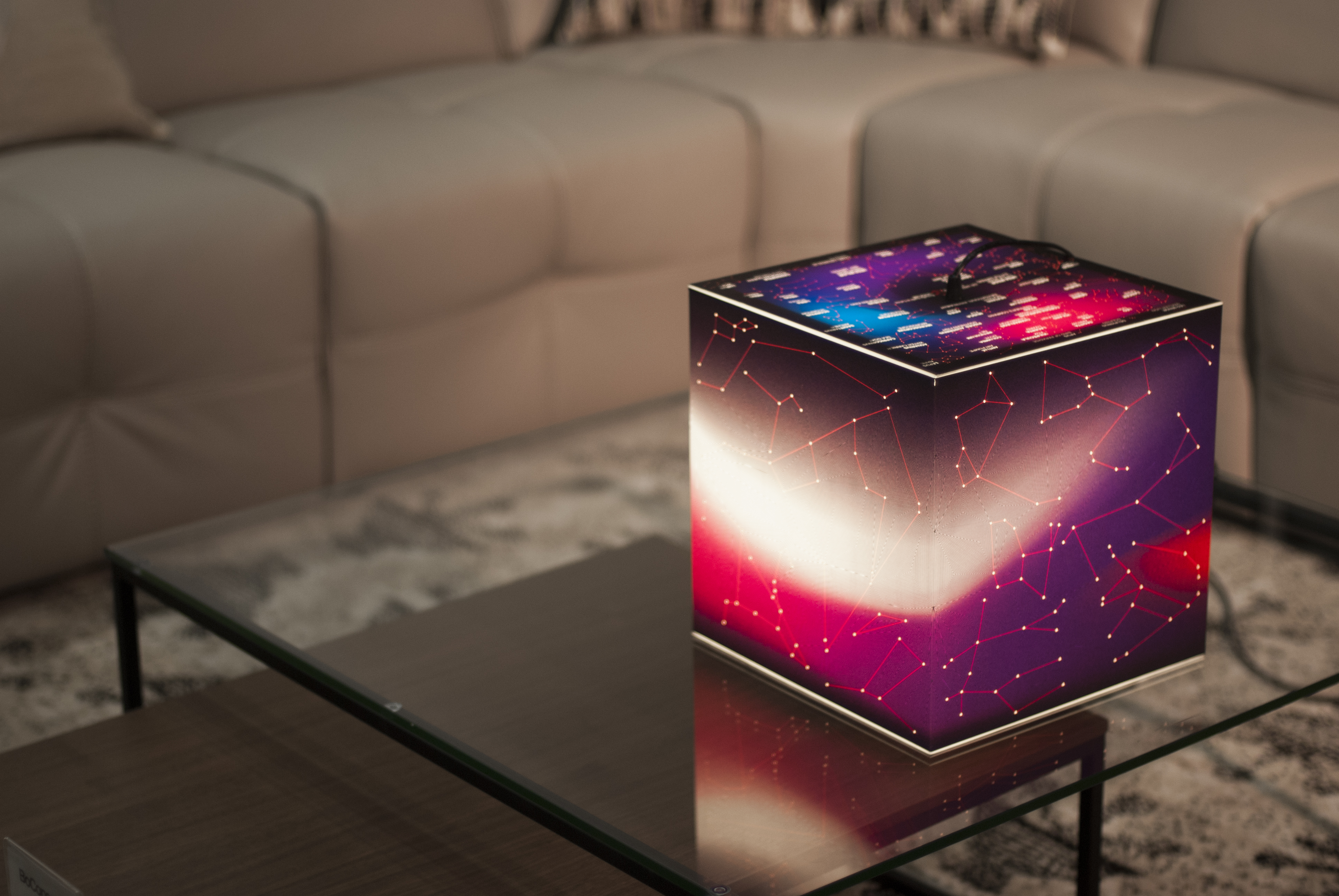 know your stars constellation lamp uniqcube. Black Bedroom Furniture Sets. Home Design Ideas